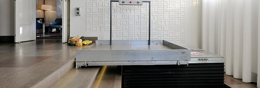 plateforme l vatrice inclin e ou verticale financement et utilit. Black Bedroom Furniture Sets. Home Design Ideas